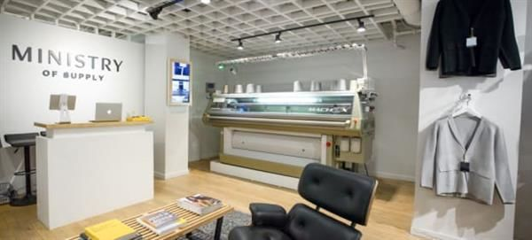 In-Store 3D Knitting Machines