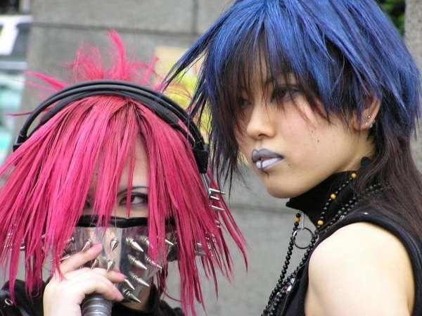 8 Fashionable Gas Mask Designs