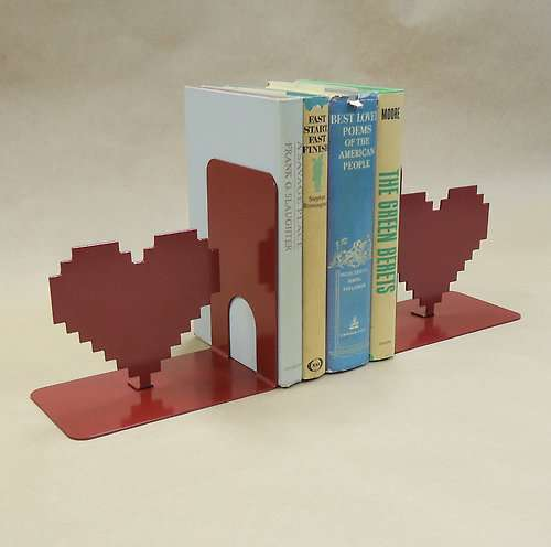 Romantic Bookshelf Accessories