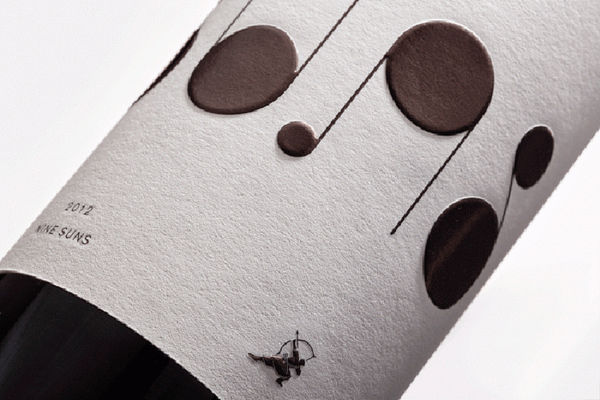 9 Suns Wine Packaging