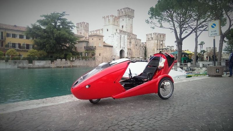 Aerodynamic Convertible Velomobiles