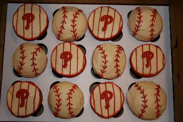 Baseball-Themed Baked Goodies