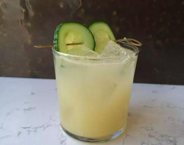 Frapped Absinthe Cocktails