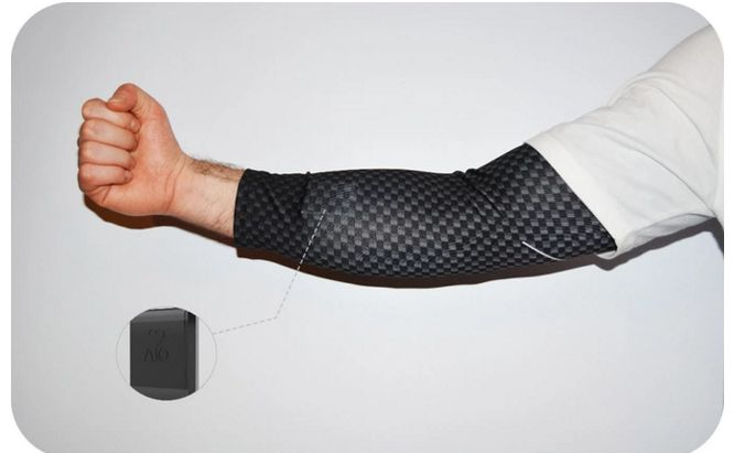 Activity Tracking Compression Sleeves