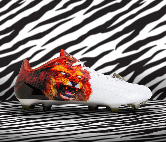 Roaring Rapper Cleats