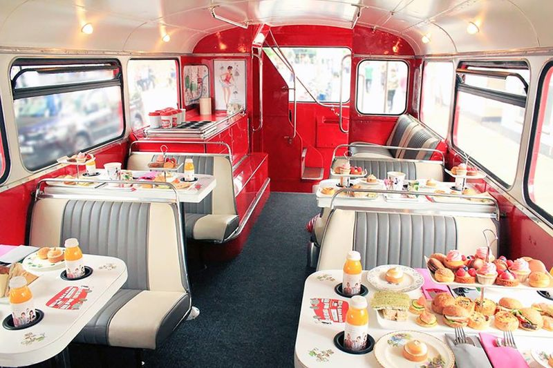 Mobile Double Decker Cafes