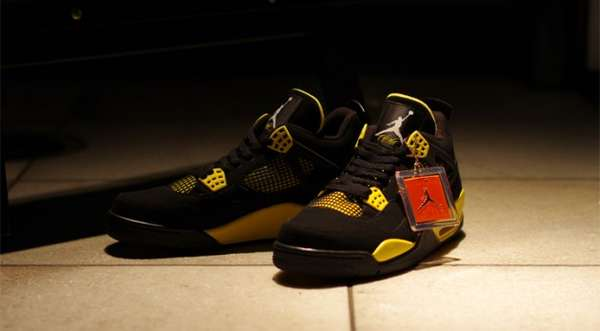 Bumblebee Basketball Shoes