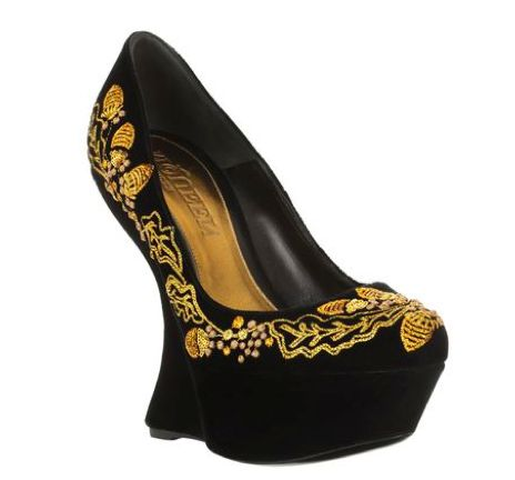Acorn-Embroidered Curved Heels