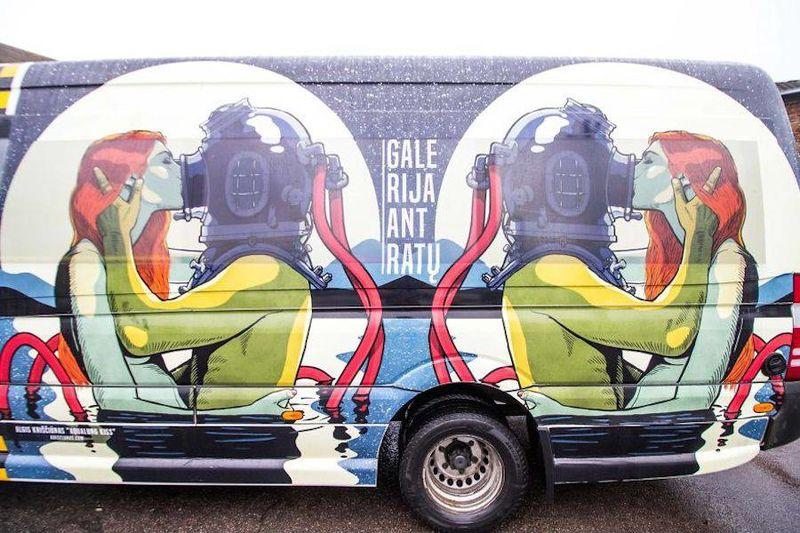 Pop Art Bus Murals