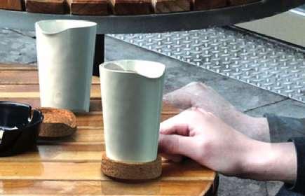 Elegant Lug-a-Mugs