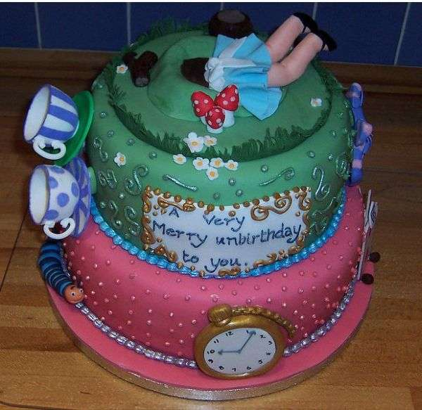 Alice in the wonderland inspired cake design