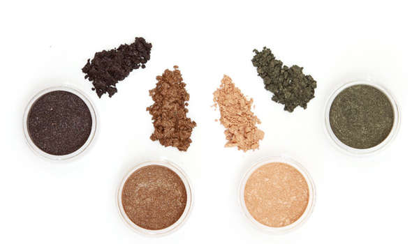 Minimal Mineral Makeup