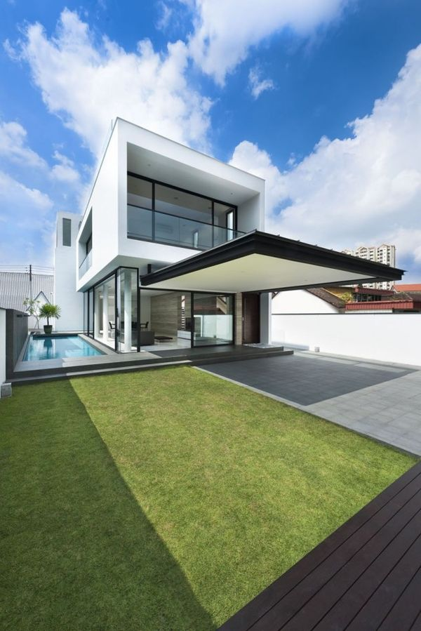 Color-Blocked Contemporary Abodes