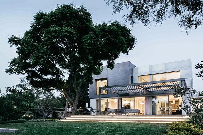 Boxy Aluminum Homes