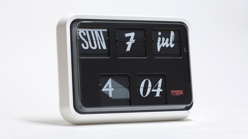Typographic Analog Clocks