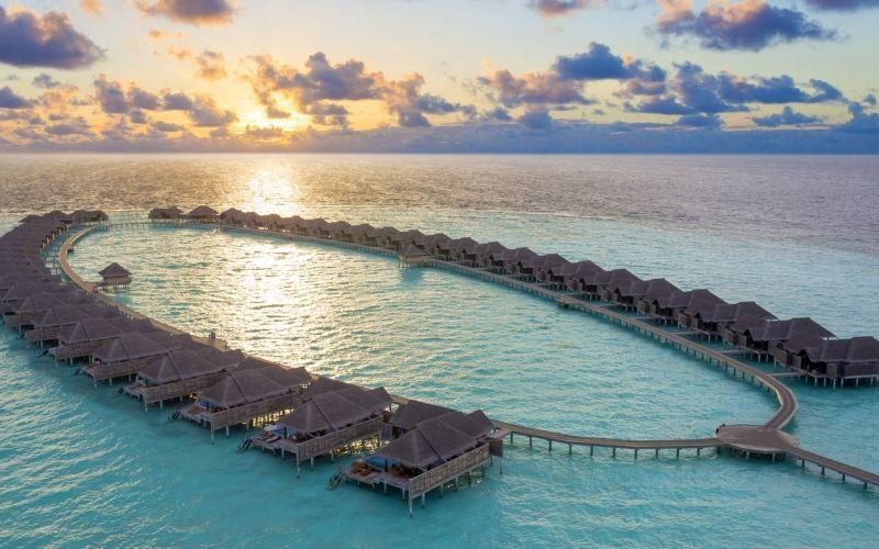 Manta Ray Resorts