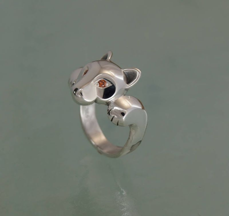 Finger-Loving Monkey Rings
