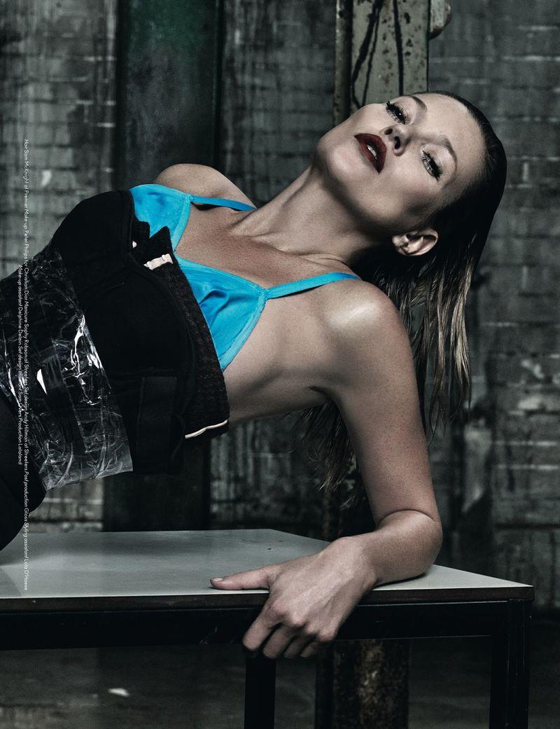 Lounging Supermodel Editorials