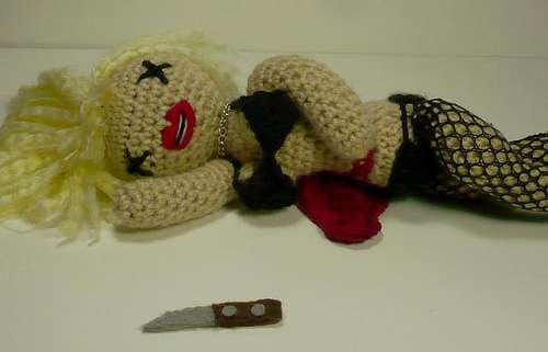 Gruesome Knitted Figurines