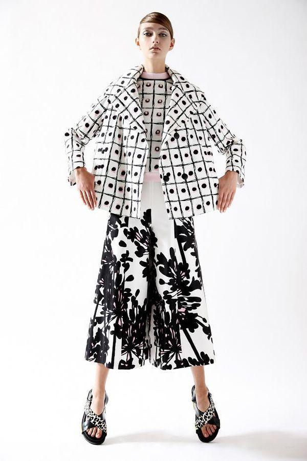 Feminine Sardinian Fashion