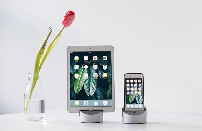 Dual-Device Smart Docks