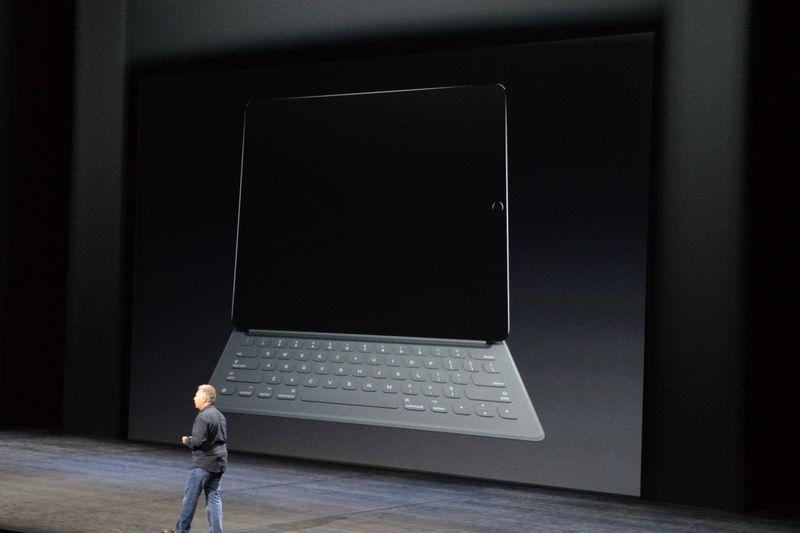 Smart Tablet Keyboards