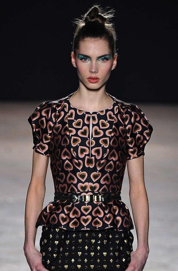 Wondrous Waistline Couture