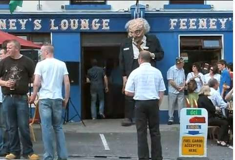 Huge Pedestrian Puppets