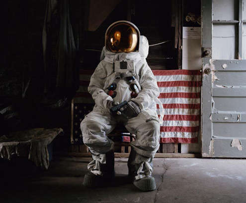 Suicidal Astronaut Captures