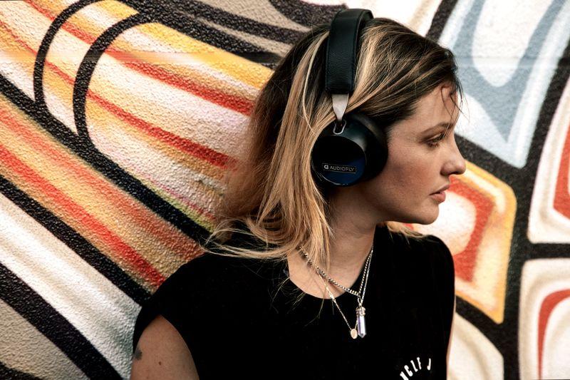 long lasting bluetooth headphones audiofly af250. Black Bedroom Furniture Sets. Home Design Ideas
