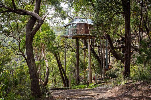 Mountainous Treehouse Hotels