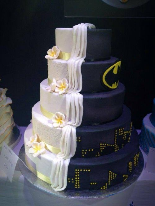 Batman-inspired wedding cake
