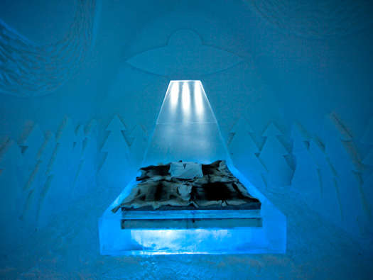 beam me up ice hotel room