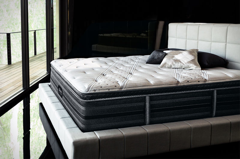 Luxurious Black Mattresses