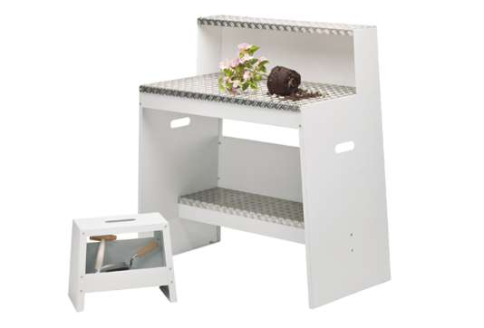 Outdoor Gardening Desks