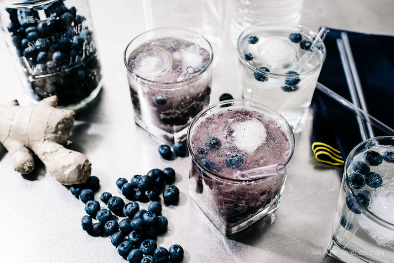 Superfood Berry Spritzers