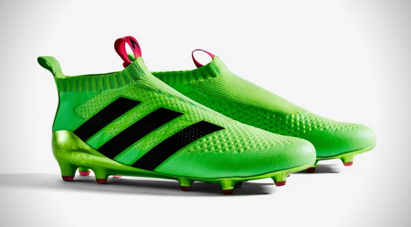 Laceless Soccer Cleats