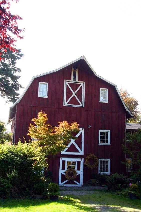 Literary Barn Lofts