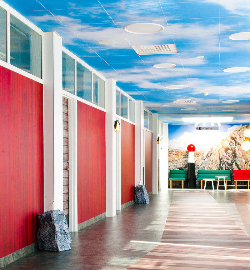 Aquatic-Themed Children's Hospitals