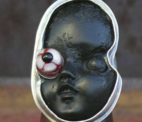 Bloodshot Eye Doll Face Ring