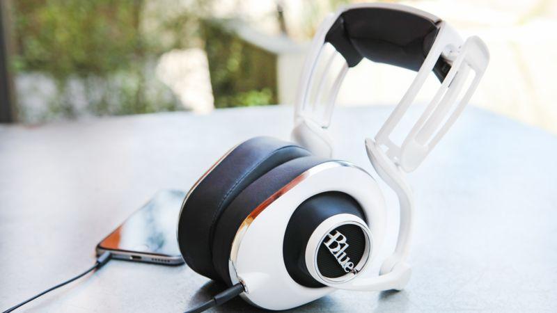 Ear-Conforming Headphones