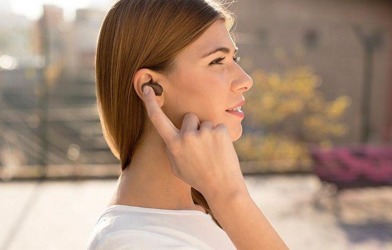 Virtual Voice Assistant Earpieces