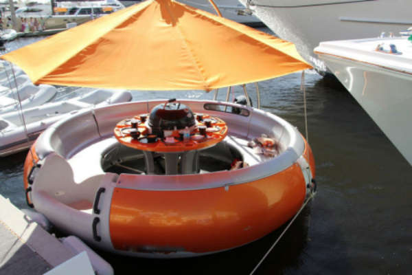Water-Friendly BBQ Boats