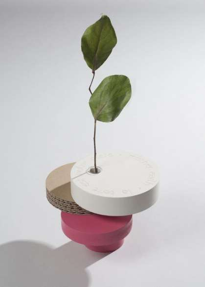 Off-Balance Discus Flower Holders