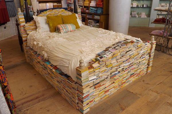 Imaginative Book Bedframes