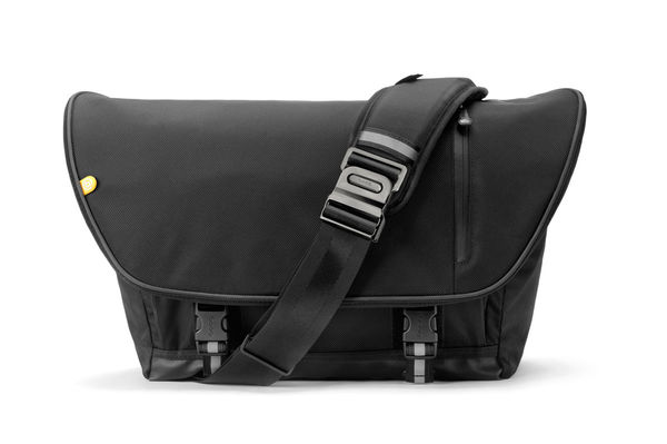 Stylishly Compact Commuter Satchels