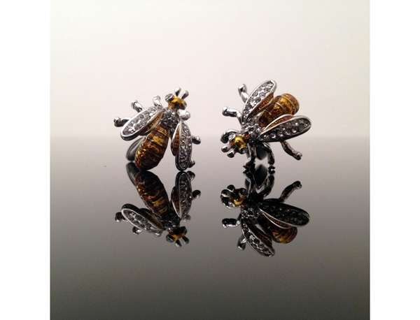 Buzzworthy Botanical Cufflinks
