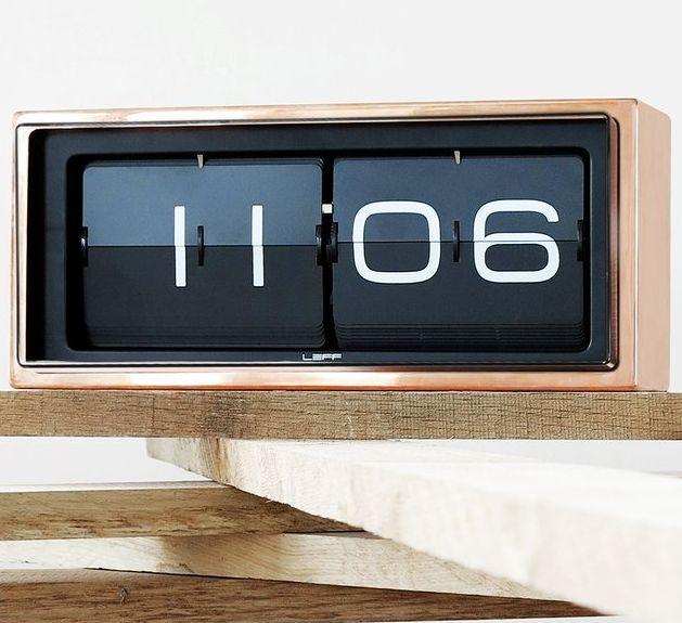 Minimalist Vintage Time-Tellers