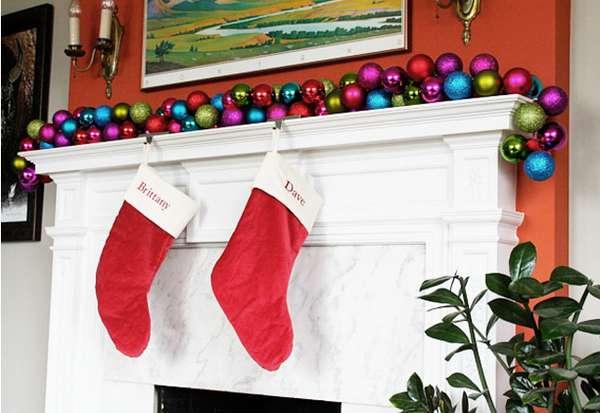 DIY Holiday Home Wreaths