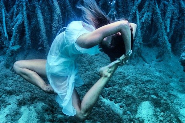 Underwater Yoga Instagrams